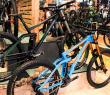 Cube Two15 2016: Downhill-Bike in 27,5 Zoll neu aufgelegt