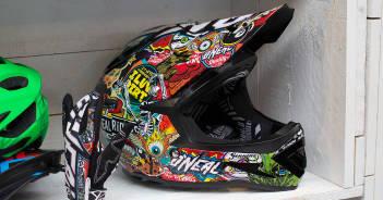 Oneal Warp 2016: Neuer Fullface-Helm für Downhill-Einsatz   Eurobike 2015