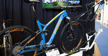 Pyga Stage 2016: Carbon-XC-Bike mit optimierter Kettenlinie   Eurobike 2015