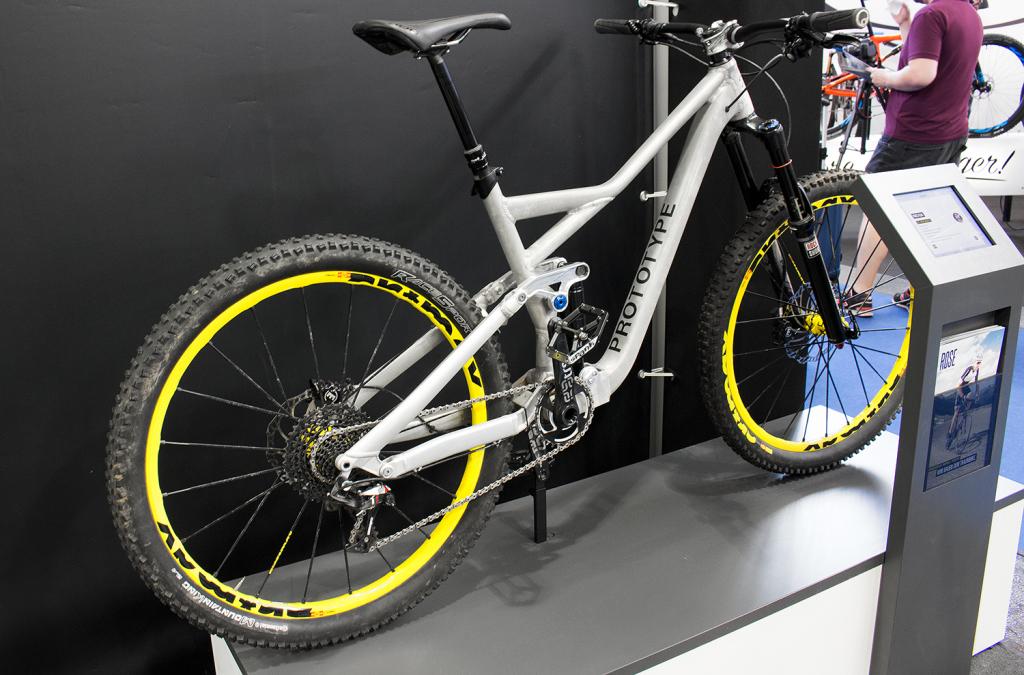 Rose Pikes Peak: Prototyp des Enduros auf der Eurobike 2015 gezeigt