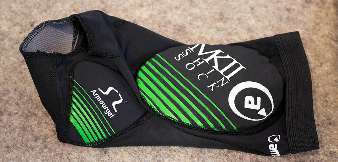 Amplifi MK II Shin Sock: Schienbein/Knöchel-Protektor im Socken-Format | Eurobike 2015