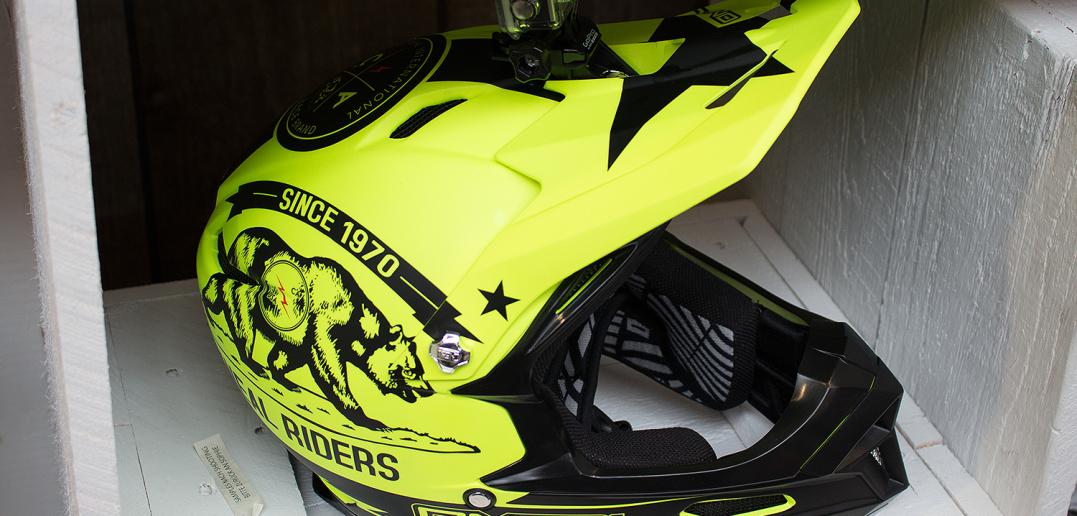 Oneal Fury Fidlock Evo: Leichter Full-Face-Helm mit GoPro-Halterung | Eurobike 2015
