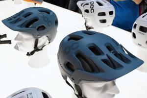 POC Tectal (Race) 2016: Luftiger Trail- und Enduro-Helm | Eurobike 2015