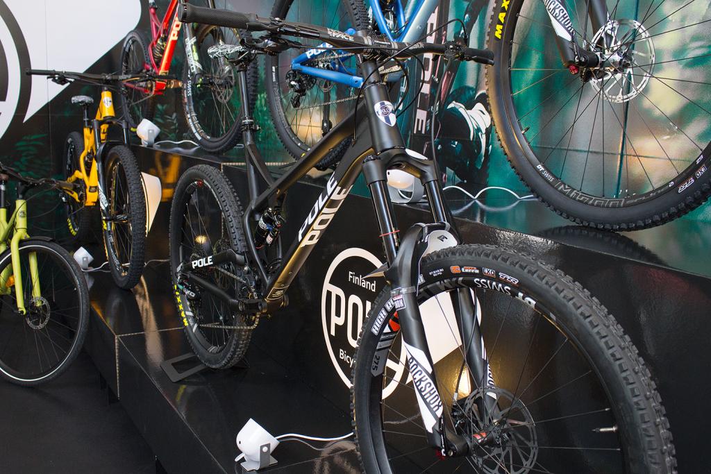 Pole Evolink 150: Race-Enduro mit extrem langem Reach [Eurobike 2016]