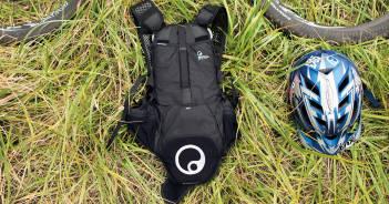 Ergon BP1 Protect: Rückenprotektor mit sinnvollem Stauraum [Eurobike 2016]