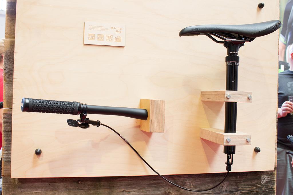 ethirteen trs plus dropper post mechanische variost tze. Black Bedroom Furniture Sets. Home Design Ideas