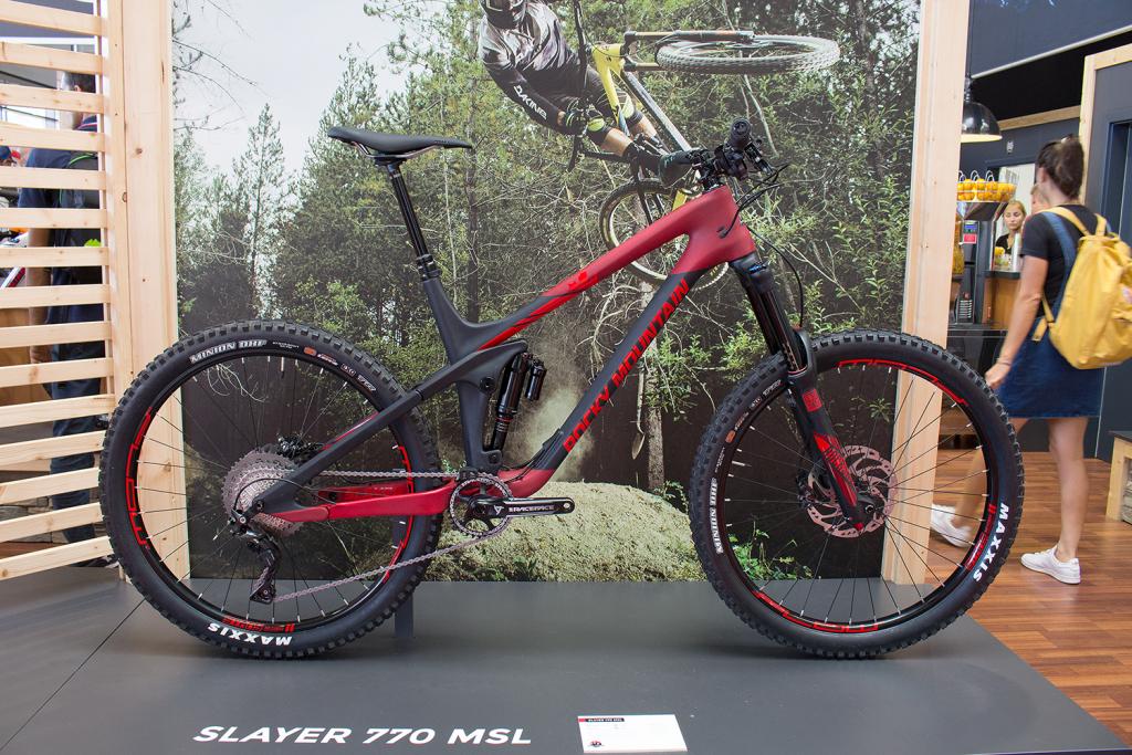Rocky Mountain Slayer 2017: Kanadische Enduro-Waffe neu aufgelegt [Eurobike 2016]