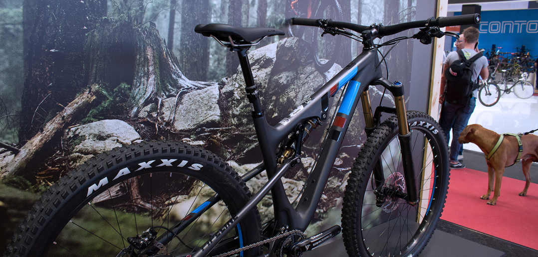 Rocky Mountain Pipeline 2017: Aggressives Trail-Bike mit Plus-Bereifung [Eurobike 2016]