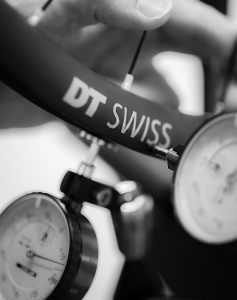 DT SWISS BPM: Biel Performance Manufacturing - Die Kunst des Laufradbaus [Pressemeldung]