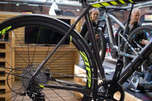 Focus Paralane 2017: Vielseitiges Endurance-Racebike mit hohem Komfort [BFS 2017]