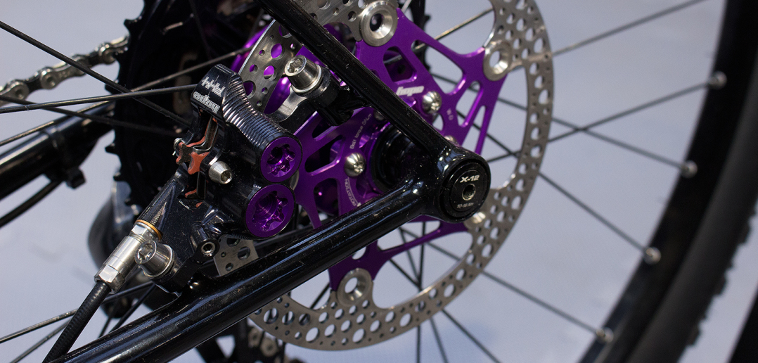 Hope RX4: Leichte Vier-Kolben-Bremse für Gravel- und Road-Bikes [BFS 2017]