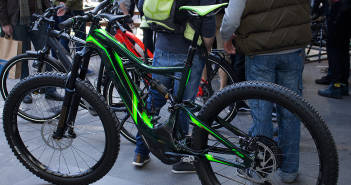 Specialized Turbo Levo FSR Expert TLD: Limitierte Edition des eBikes im Troy Lee Design [BFS 2017]