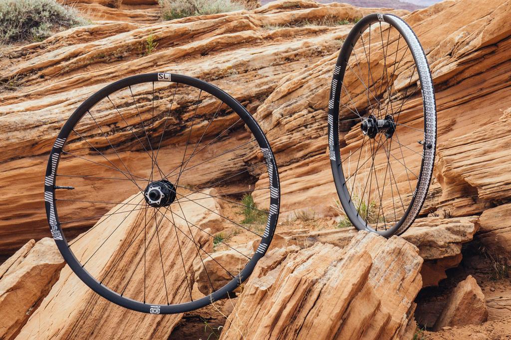 ethirteen SL Carbon: Robuste und leichte Laufräder für den Trail-Einsatz