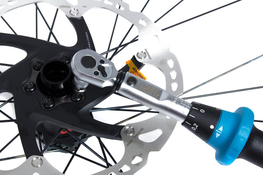 MTB Bremsscheibe wechseln: Centerlock- und 6-Loch-Ausführung korrekt installieren [Anleitung]
