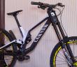 Canyon Sender Team: World-Cup-Replika des Downhill-Bikes für das neue Modelljahr [Eurobike 2017]