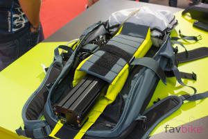 Evoc FR Trail E-Ride: Protektor-Rucksack speziell für eMTB-Fahrer [Eurobike 2017]