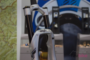 Cane Creek Helm Coil: Stahlfederversion der High-End-Gabel [Eurobike 2017]