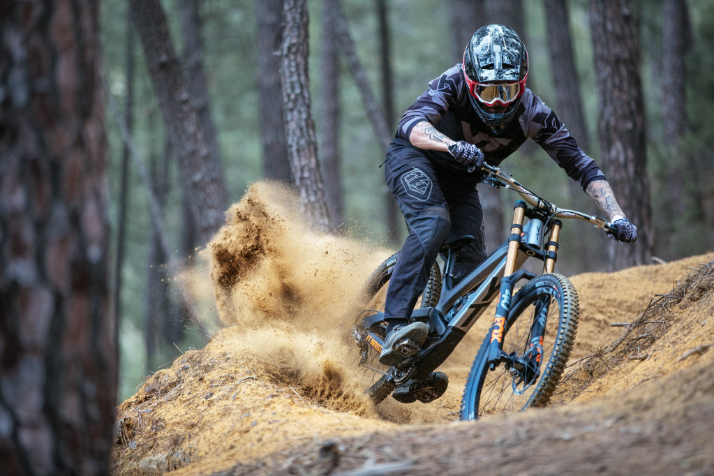 YT TUES 2018: Neue Generation World-Cup-Downhillers [Pressemitteilung]