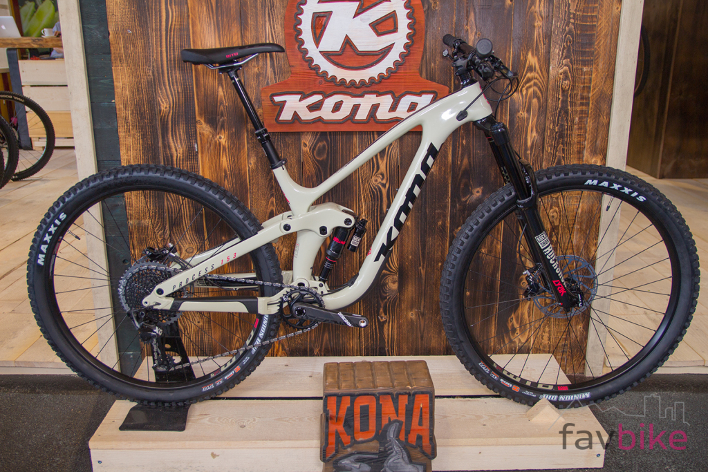 Kona Process 153 CR DL 29: Neue Carbon-Version des Enduros [Eurobike 2018]