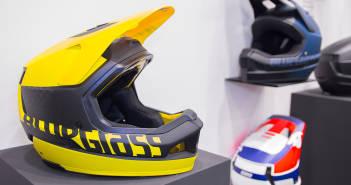 Bluegrass Legit Cartbon: High-End-Downhill-Helm mit Mips-System [Eurobike 2018]