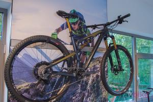 Stevens Jura Carbon SL 2019: Marathon-Fully mit Vollcarbon-Rahmen
