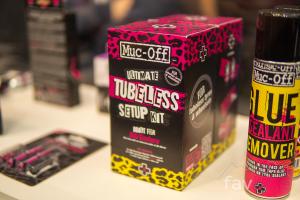 Muc-Off Tubeless-Produkte: Erweitere Range mit Komplettsets, Reinigern und Pannenhilfe [Eurobike 2019]